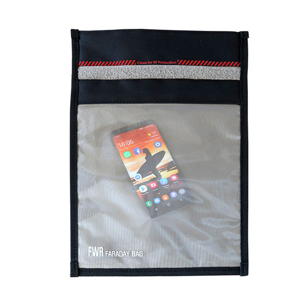 FWR Faraday Bag medium 3.Gen mit Fenster 2